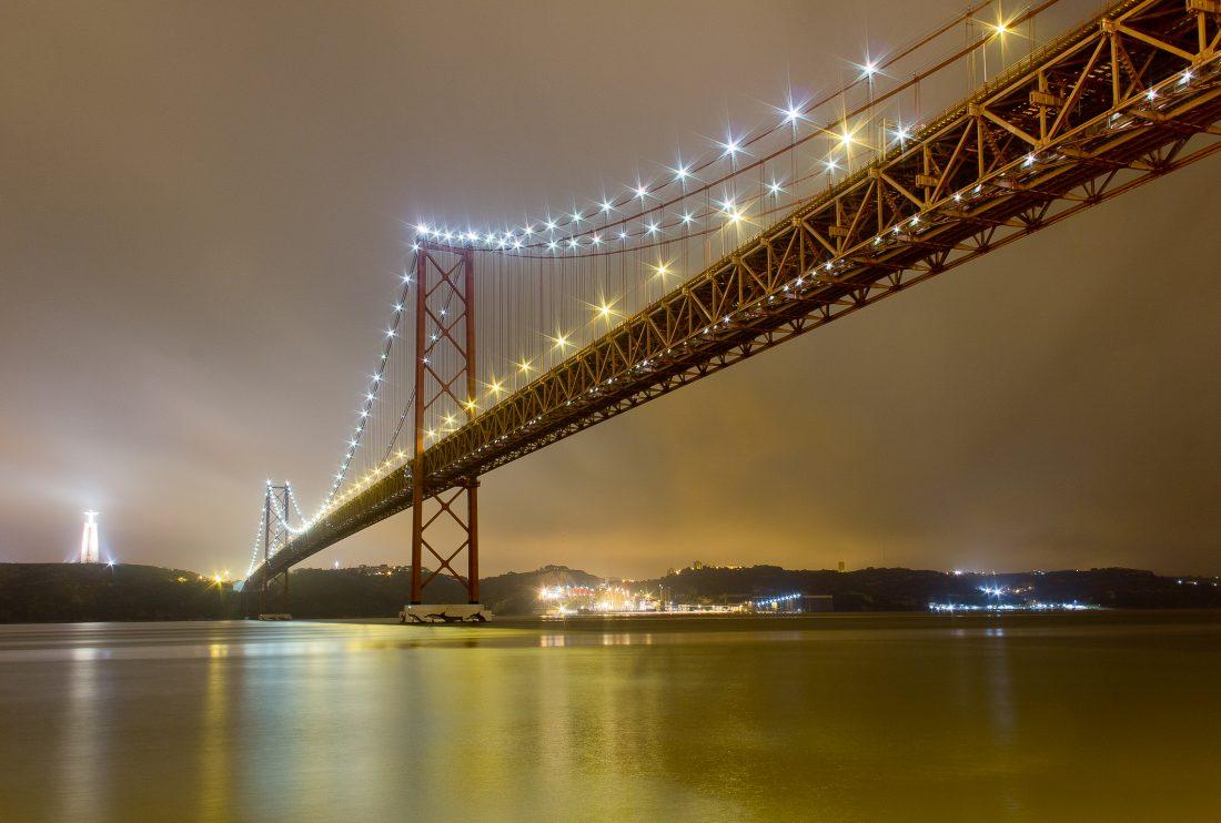 pont de Lisbonne la nuit