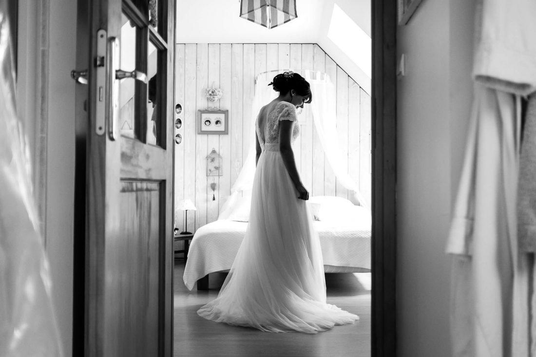 preparatifs intimes de la mariee