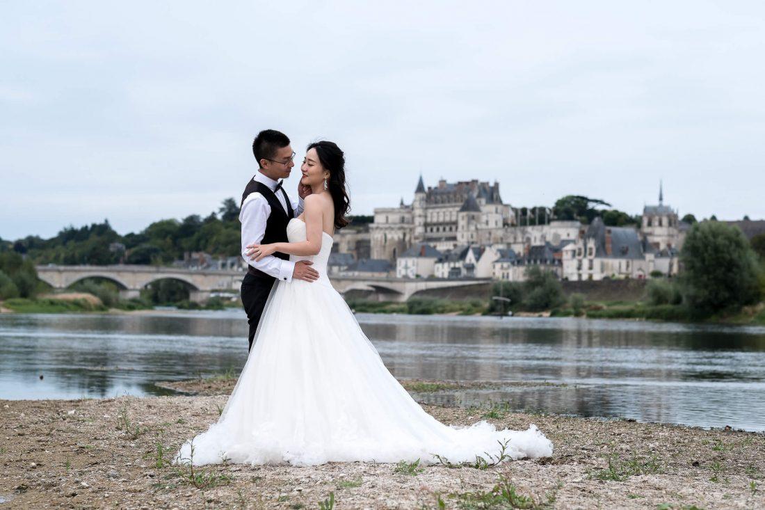 shooting photo mariage de ce couple chinois en bords de Loire a Amboise