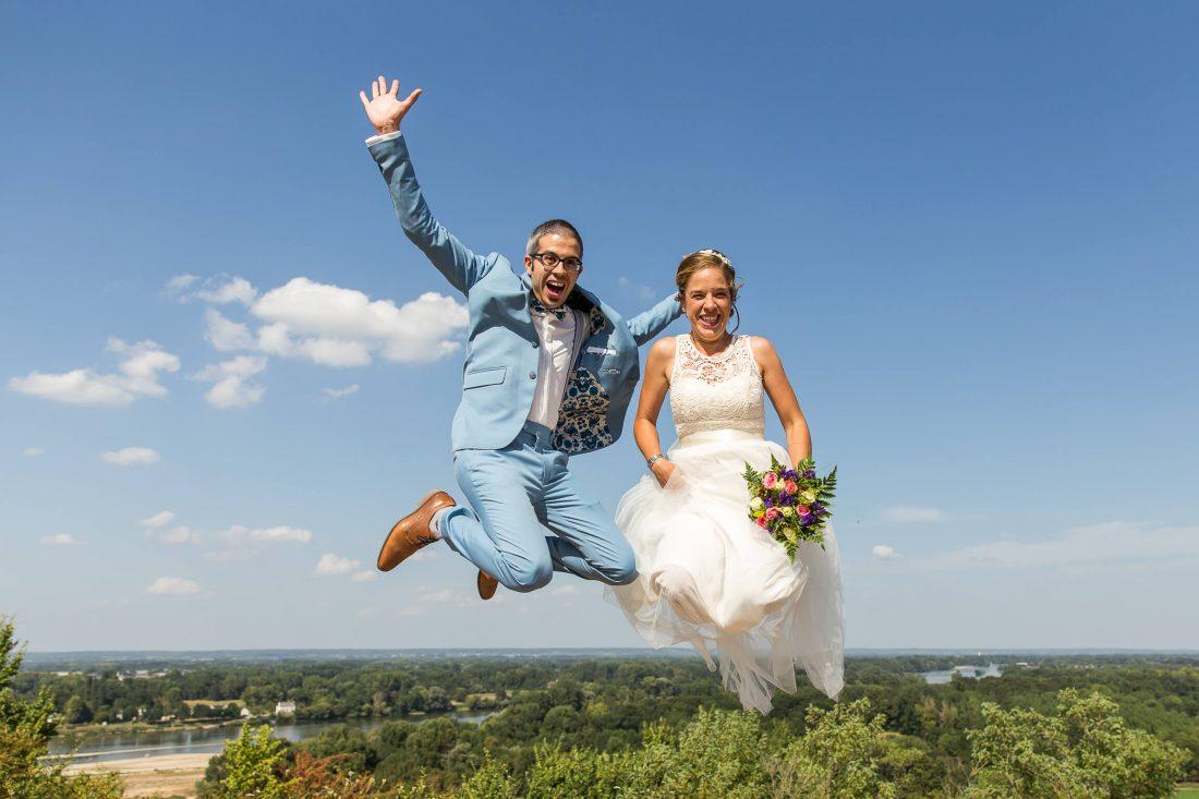 Les maries s'envolent avec ce saut au dessus de la touraine
